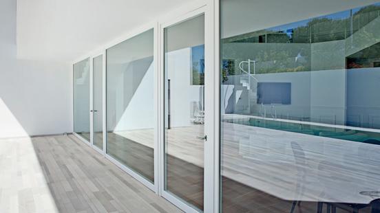 Collezione finestre de carlo stile contemporaneo di luca - Finestre stile inglese in legno ...